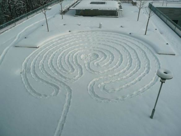Classical labyrinth at the ZIM