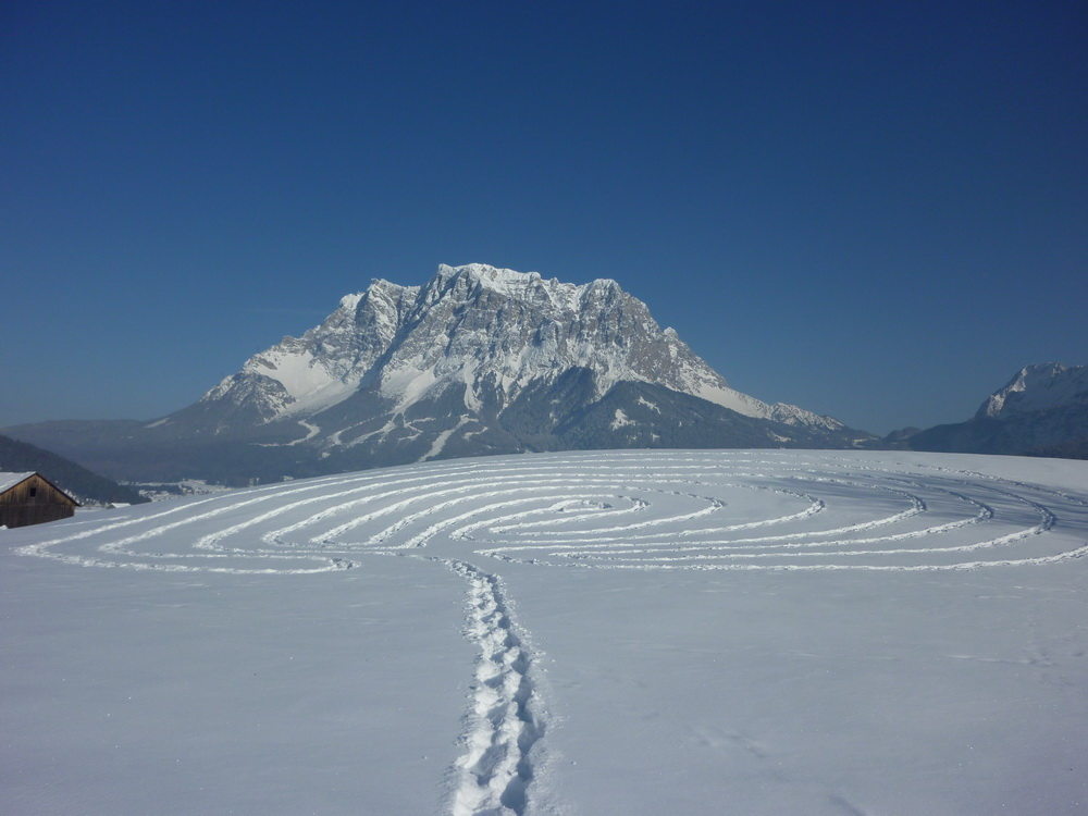 Snow Labyrinth In Front Of The Zugspitze Blogmymaze