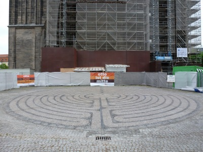 The labyrinth in front of the west portal