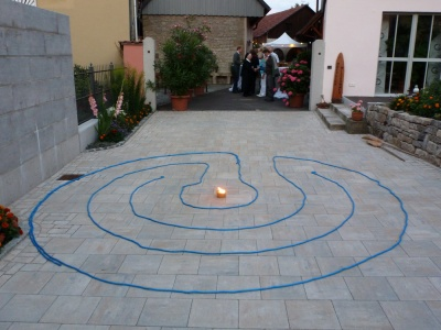 The 3 circuit labyrinth