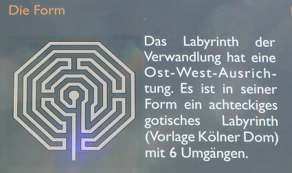 Layout of the art labyrinth
