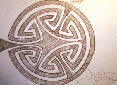 Walk-through labyrinth with meanders