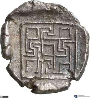 Labyrinth 420-380 BC.